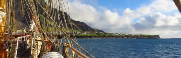 15. & 16. April, Tristan da Cunha, entlegenste bewohnte Insel der Welt