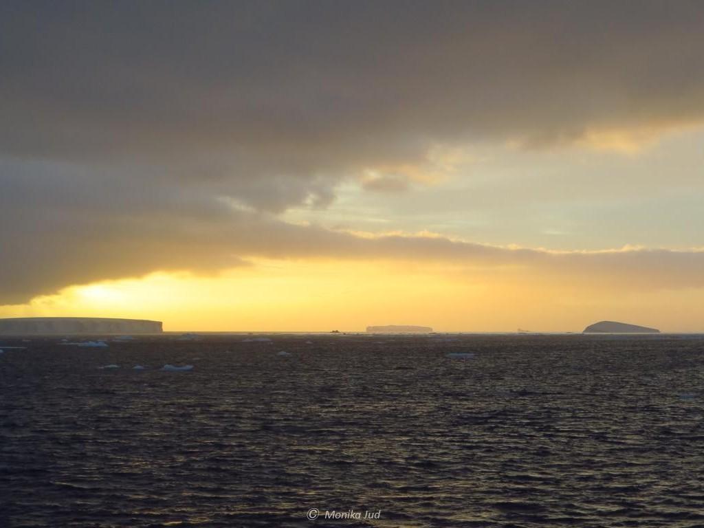 Sonnenuntergang im Weddell-Meer