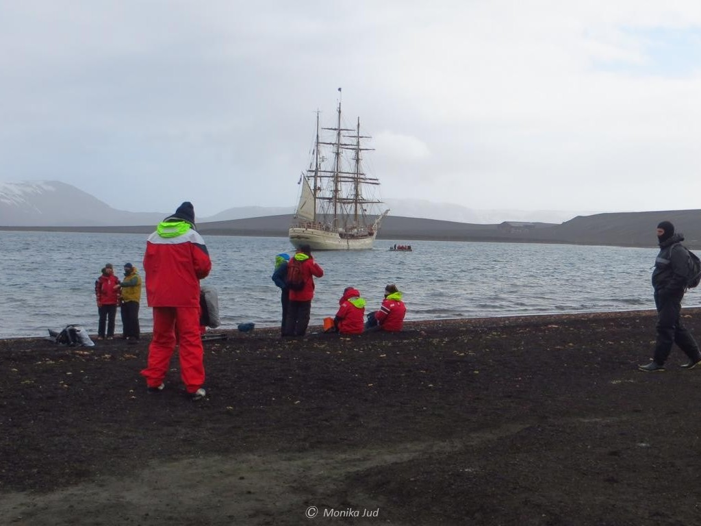Whalers Bay auf Deception Island