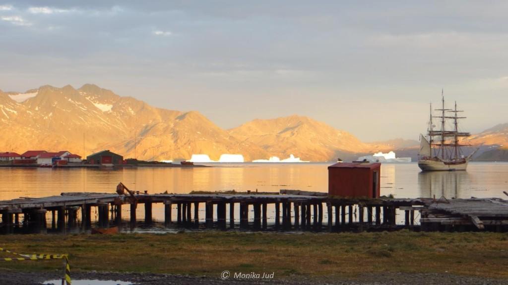 Bark Europa vor Anker in Grytviken